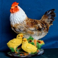 Петух с цыплятами