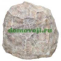 Камень валун высокий