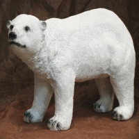 Медведь большой стоячий белый