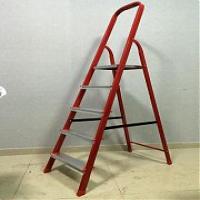 Стремянка 5 ступеней (красная)